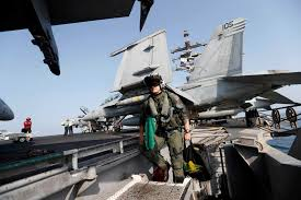 Uss Hornet Halloween Tour by Between Sorties Navy Serves Up Holiday Feast Houston Chronicle