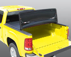 Honda Ridgeline Bed Extender by Amazon Com Rugged Liner E3 Hrl05 Soft Vinyl Tonneau Cover For
