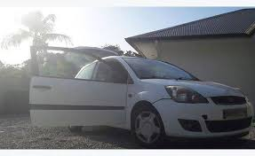 ford 3 portes ford 2007 3 portes essence 118500km annonce