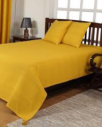 jet de canap jaune jeté de lit ou de canapé rajput jaune homescapes