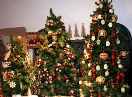 Dillards Christmas Decorations 2014 by Dillard U0027s Department Store Sets A Trend And It U0027s Not For Fashion