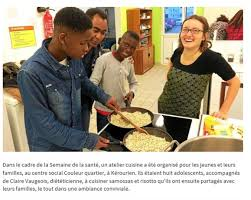 atelier cuisine centre social la famille des saveurs s invite au centre social couleur quartier de