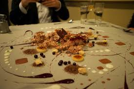 cuisine uip alinea file dessert at alinea jpg wikimedia commons