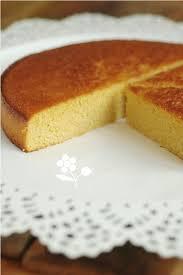 dessert a base de compote de pommes un gâteau incroyablement fondant et incroyablement moelleux