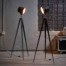 Photographers Tripod Floor Lamp Bronze Finish by Versanora Artiste Tripod Floor Lamp With Shade Black U0026 Rose
