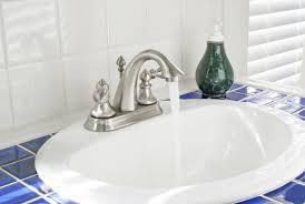 altes waschbecken abbauen notwendige schritte