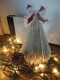Christmas Tree Books Diy by 139 Best Books Into Images On Pinterest Paper Book And