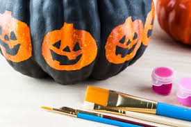 Ways To Carve A Pumpkin Fun by 5 Simple And Fun Ways To Get Your Home Into The Halloween Spirit
