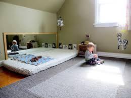 emil und mathilda montessori für babys die zimmergestaltung