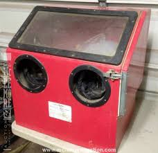 Central Pneumatic Blast Cabinet Manual by Central Pneumatic 42202 Sand Blast Cabinet Mclemore Auction