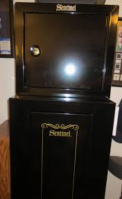 Stack On Security Cabinet 8 Gun by Stack On Sentinel 10 Gun Cabinet U0026 Pistol Ammo Cabinet Youtube