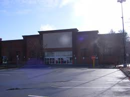 Spirit Halloween Torrington Ct by Dead And Dying Retail Circuit City In Keene New Hampshire