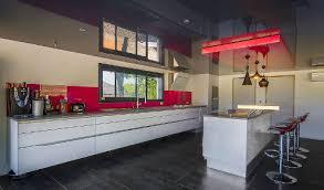 cuisine sur pied pied de meuble de cuisine fabulous beautiful pied meuble cuisine