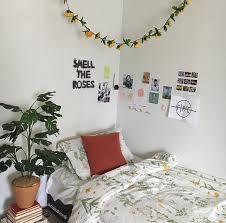 Inspiring Image Aesthetic Art Artsy Bedroom Flowers By Winterkiss