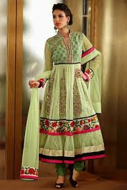 Pakistani Dress Design Screenshot