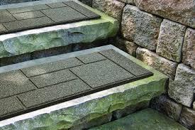 tapis antiderapant escalier exterieur comment sécuriser l escalier extérieur carole thibaudeau