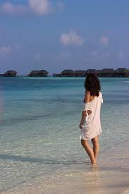 100 Conrad Maldive The S Rangali Island Clutch CarryOn