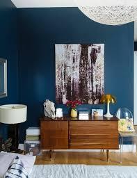 wandfarbe petrol schlafzimmer schminktisch retro kommode