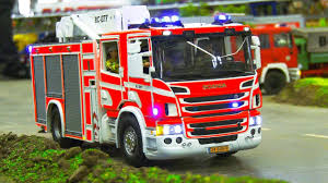100 Model Fire Trucks RC SCALE MODEL FIRE TRUCKS IN FIRE RESCUE OPERATION