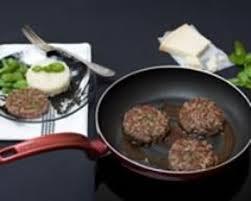 comment cuisiner un steak haché recette steak haché au basilic parmesan et sauce au vinaigre