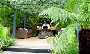 Inexpensive Patio Ideas Uk by Small Garden Ideas On A Budget Uk Sixprit Decorps