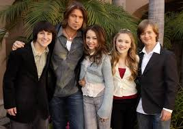 Halloweentown 2006 Cast by Think You Can Ace This Detailed U0027hannah Montana U0027 Quiz Playbuzz