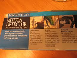 lot detail new in box motion detector light halogen light bulbs