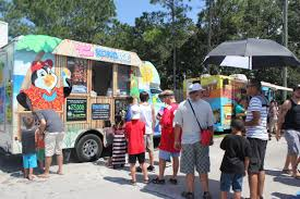 100 Food Trucks In Tampa Roll With It At Truck Rallies Eating Is An Adventure