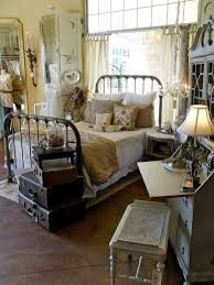 Best 25 Primitive Bedroom Ideas On Pinterest