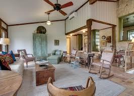 100 Hill Country Interiors Texas Retreat Elizabeth B