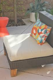 Strathwood Patio Furniture Cushions by Pillow Fight Diy Outdoor Pillows Laguna Dirt