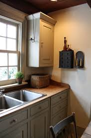 Primitive Kitchen Countertop Ideas by 65 Amazingly Austere American Farmhouse By Phoebe Troyer Ideas