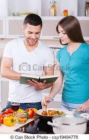 apprentissage en cuisine heureux apprentissage cuisine ensemble image