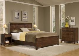 Modern Dark Brown Bed With Sheet And Two Bedside Lamp Simple Wooden Head Board Combinated Color Bedroom Large Size