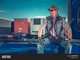 100 Free Semi Truck Games Driver Rest Area Image Photo Trial Bigstock