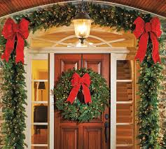 Frontgate Christmas Trees Decorated by A Welcoming Holiday Entryway In Four Easy Steps Frontgate Blog