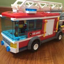 100 Lego Fire Truck Games City Truck Series 60002 Toys Bricks Figurines