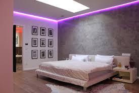 lila im schlafzimmer homify