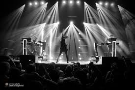 Chvrches We Sink Download by Chvrches Discography Wikipedia