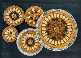 vier runde traditionelle polnische ostern kuchen mazurek