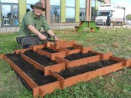 Download Pallet Garden Beds