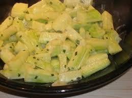 recette de concombre sauté à la ciboulette la recette facile
