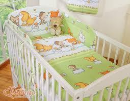 comment mettre un tour de lit bebe tours de lit bébé tour de lit b b d co hana chambre bebe d co