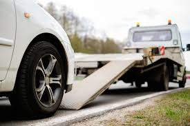 The Top Reasons You May Need A Tow Truck