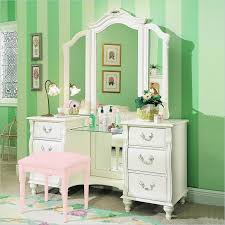 Micke Desk With Integrated Storage Hack by 8 Micke Desk With Integrated Storage Hack Bedroom Vanity