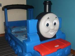 little tikes thomas the tank engine toddler bed with delux