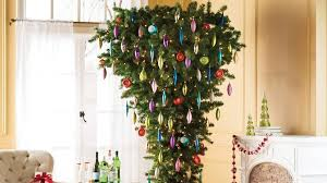 A Guide To Upside Down Christmas Trees