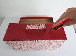 DIY Craft Projects Things You Can Make With Cardboard How To A Suitcase