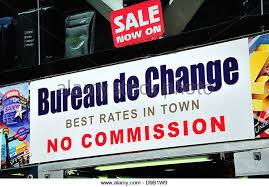 bureau de change sans commission currency exchange office stock photos currency exchange office