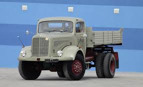 Lastkraftwagen: Mercedes-Benz Truck Division Represents At Retro ... Kenworth W900a Old Classic Semi Trucks Youtube View 6 Antique Heavy Duty At Museum Intertional Its Uptime Dodge Vintage Gary Alan Nelson Photography 47 Favorite Craigslist For Sale In Mn Autostrach For American Uk National Auto And Truck Obtains Only Known Parade O Mack Pinterest Trucks Rigs Biggest Get A Look This Insane Rat Rod School Diesel Mini Pin By Lars Larsson On Abandoned Craig Krumptons Tirement Project 1971 W900 Classic